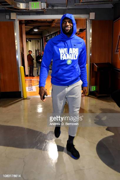LeBron James of the Los Angeles Lakers arrives to the game against the Los Angeles Lakers on January 15 2019 at STAPLES Center in Los Angeles...