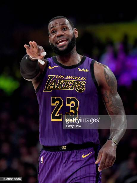 LeBron James of the Los Angeles Lakers directs the offense during a 112104 Laker win over the New Orleans Pelicans at Staples Center on December 21...