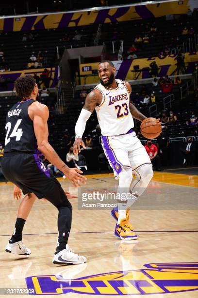 LeBron James of the Los Angeles Lakers dribbles the ball during the game against the Toronto Raptors on May 2, 2021 at STAPLES Center in Los Angeles,...
