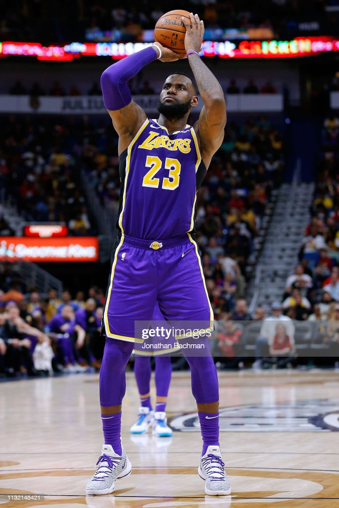 on sale d0f7f 198cc LeBron James of the Los Angeles Lakers shoots during the ...