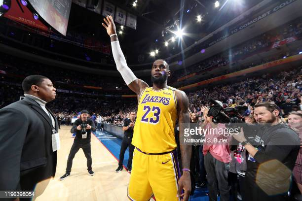 LeBron James of the Los Angeles Lakers thanks the crowd after passing Kobe Bryant for third on NBA's alltime scoring liston January 25 2020 at the...