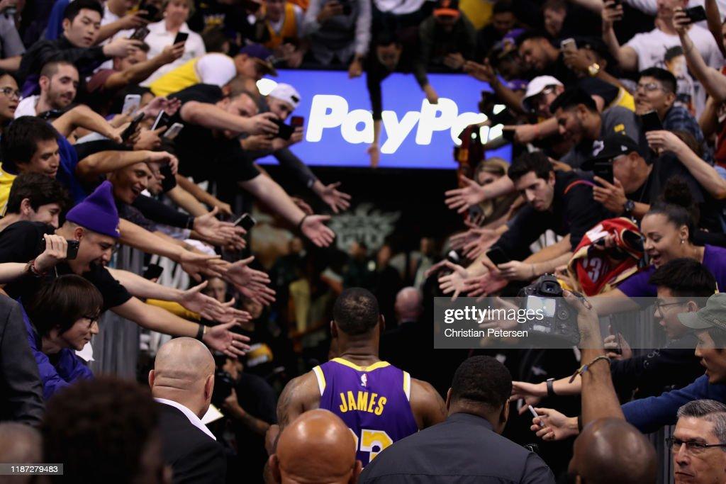 Los Angeles Lakers v Phoenix Suns : Nachrichtenfoto