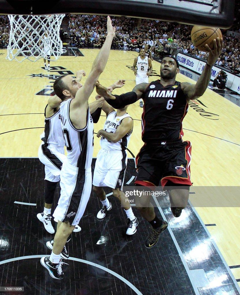 Miami Heat v San Antonio Spurs - Game Four : News Photo