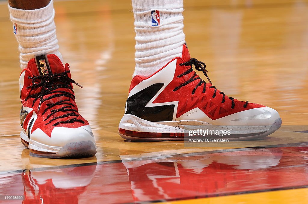 286546dcc03f2 LeBron James of the Miami Heat sneakers during Game Two of the 2013 ...