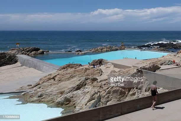 CONTENT] Leca Swimming Pool complex by Portuguese architect Alvaro Siza