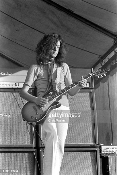 Led Zeppelin 1969 Jimmy Page Bath Festival