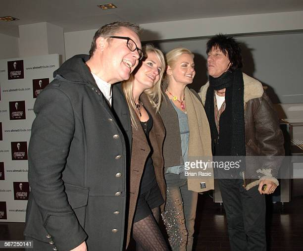 Led Zeppelin Concert At The O2 Arena London Britain 10 Dec 2007 Vic Reeves And Nancy Sorrell With Sandra Cash And Jeff Beck