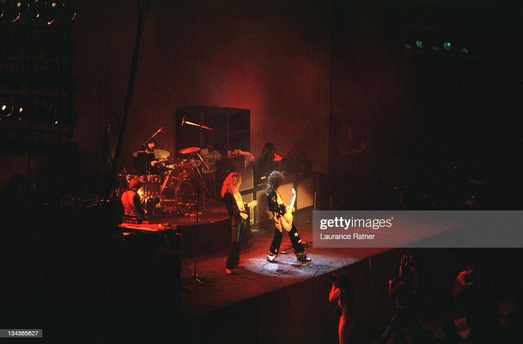 Led Zeppelin in Concert at Los Angeles Forum - 3-24-1975