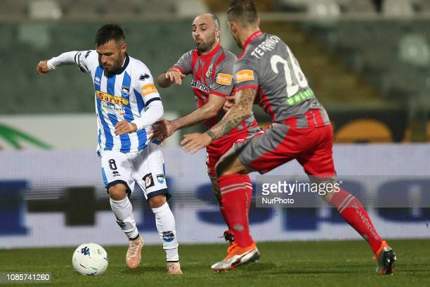 Ledian Memushaj during the Italian Serie B 2018/2019 match between Pescara Calcio 1936 FC and US Cremonese at Stadio Adriatico quotGiovanni...