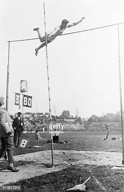 Lee Barnes a 17yearold high school student from Hollywood High in Los Angeles wins the gold medal in pole vaulting at the 1924 Olympics in Paris