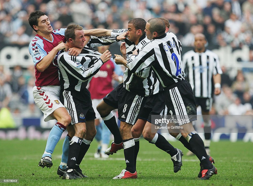 Newcastle United v Aston Villa : News Photo