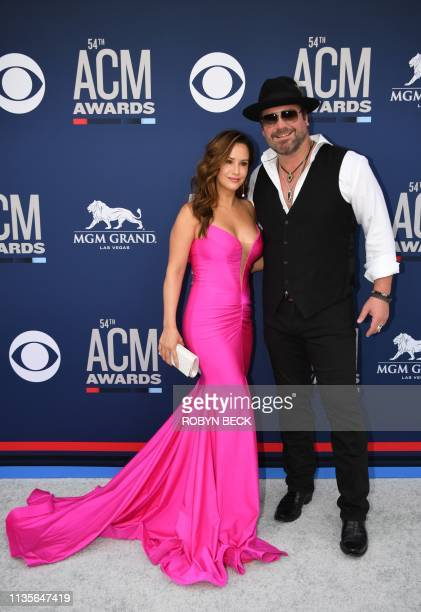 Lee Brice and wife Sara Reeveley arrive for the 54th Academy of Country Music Awards on April 7 2019 in Las Vegas Nevada