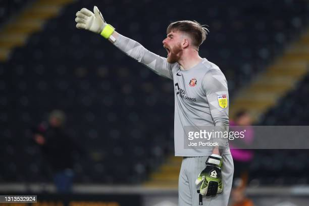 Lee Burge of Sunderland gestures during the Sky Bet League One match between Hull City and Sunderland at KCOM Stadium on April 20, 2021 in Hull,...
