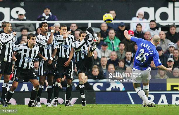 Lee Carsley of Everton scores the equalising goal during the FA Barclays Premiership match between Newcastle United and Everton at St James Park on...