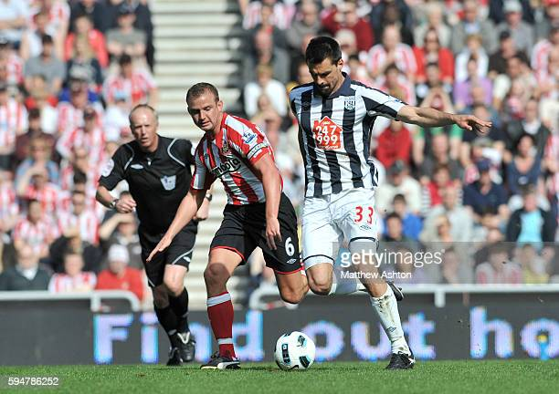 Lee Cattermole of Sunderland Paul Scharner of West Bromwich Albion