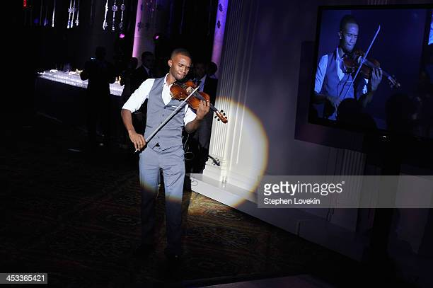 Lee England Jr performs onstage at The Ninth Annual UNICEF Snowflake Ball at Cipriani, Wall Street on December 3, 2013 in New York City.