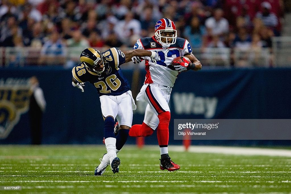 Buffalo Bills v St. Louis Rams : News Photo
