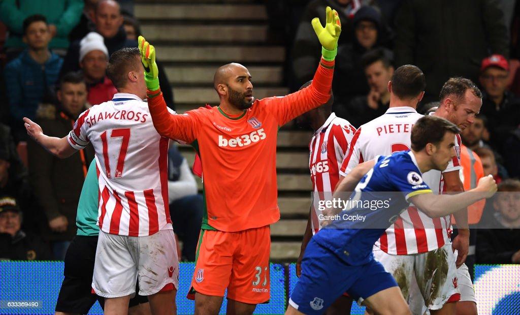 Stoke City v Everton - Premier League