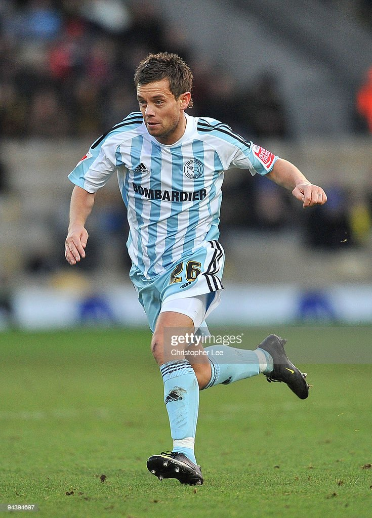 Lee Hendrie of Derby County in action during the Coca-Cola Championship match between Watford and Derby County at Vicarage Road on December 12, 2009 in Watford, England.