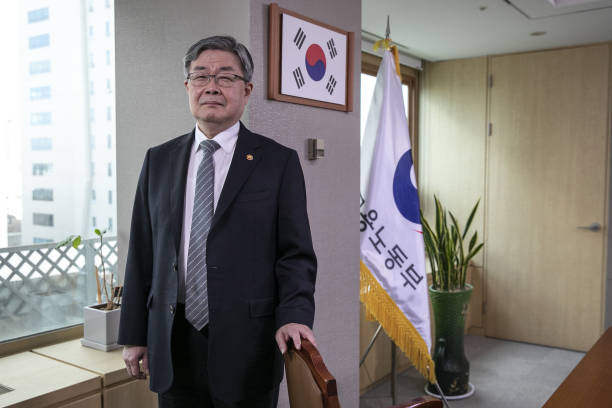 KOR: South Korean Labor Minister Lee Jae-gap Interview