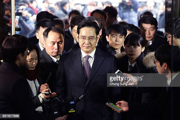 Lee JaeYong vice chairman of Samsung arrives at the Seoul Central District Court on January 18 2017 in Seoul South Korea An arrest warrant for issued...