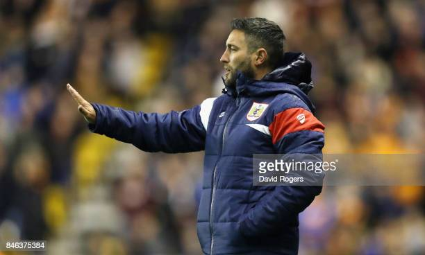 Lee Johnson head coach of Bristol City looks on during the Sky Bet Championship match between Wolverhampton Wanderers and Bristol City at Molineux on...