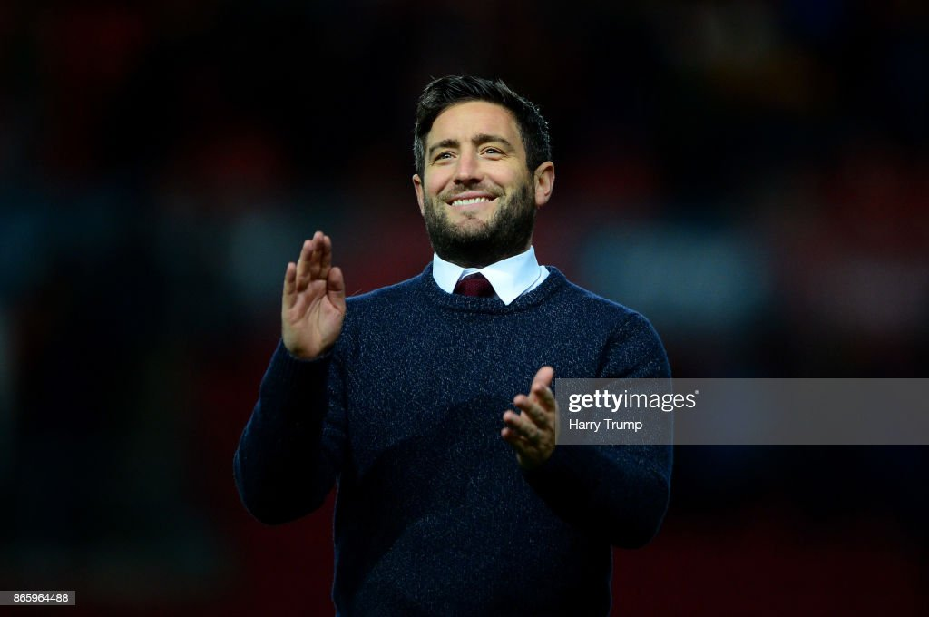 Lee Johnson, Manager of Bristol City celebrates after the Caraboa Cup Fourth Round match between Bristol City and Crystal Palace at Ashton Gate on October 24, 2017 in Bristol, England.