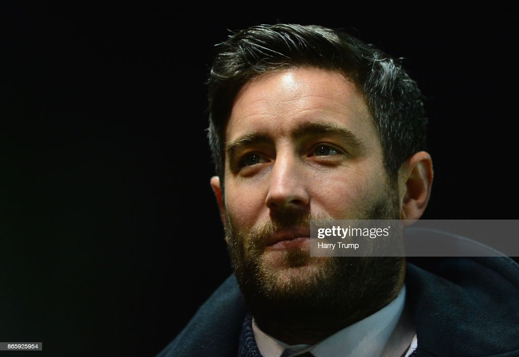 Lee Johnson, Manager of Bristol City looks on during the Caraboa Cup Fourth Round match between Bristol City and Crystal Palace at Ashton Gate on October 24, 2017 in Bristol, England.