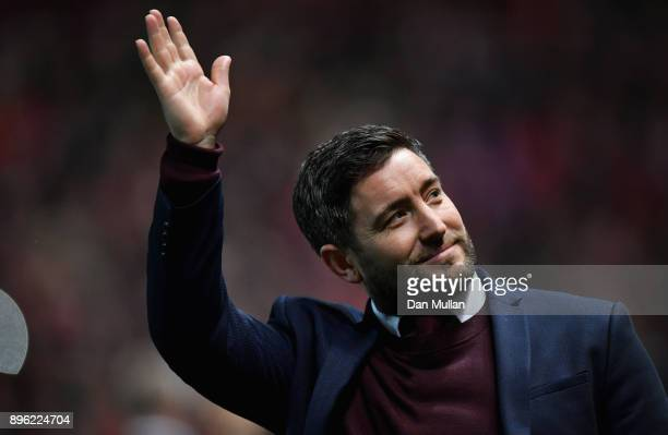 Lee Johnson manager of Bristol City waves prior to the Carabao Cup QuarterFinal match between Bristol City and Manchester United at Ashton Gate on...