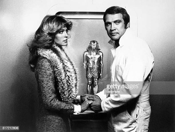 Lee Majors as Steve Austin persuades an old acquaintance beautiful Trish Hollander to help him in retrieving a priceless statue the Golden Pharaoh...