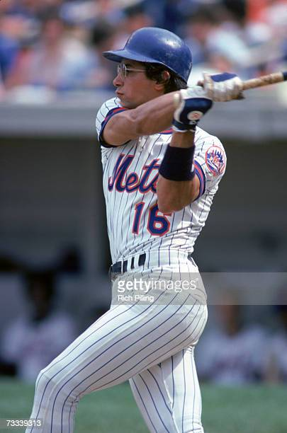 Lee Mazzilli of the New York Mets takes a swing during a game in 1980 at Shea Stadium in Flushing, Queens, New York. Mazzilli played for the Mets...