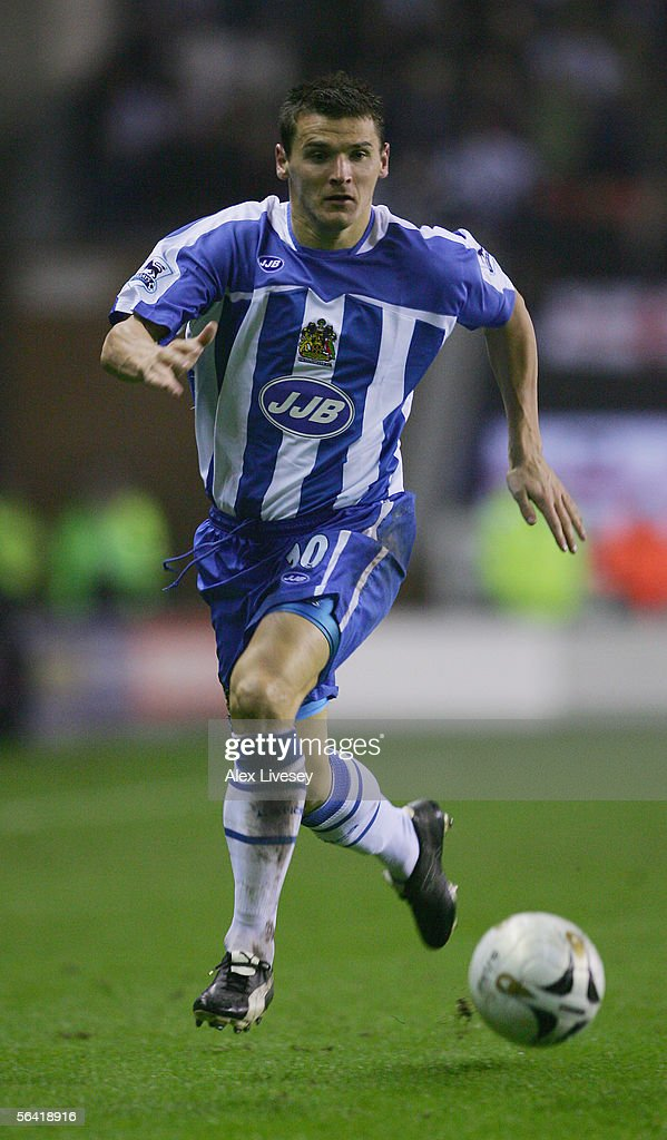 Lee McCulloch of Wigan Athletic in action during the Carling Cup fourth round match between Wigan Athletic and Newcastle United at the JJB Stadium on November 30, 2005 in Wigan, England.