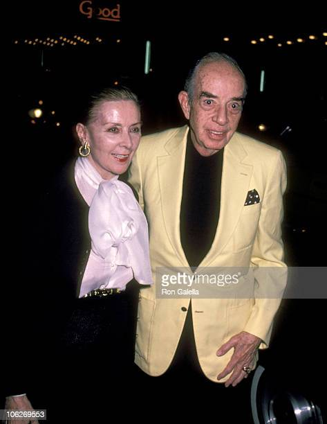 Lee Minnelli and Vincente Minnelli during Dreamgirls Performance September 9 1982 at Imperial Theater in New York City New York United States