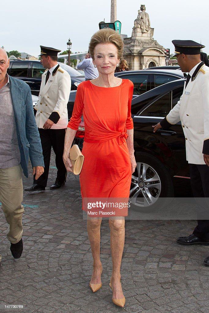 Lee Radziwill attends the Giambattista Valli Haute-Couture Show as part of Paris Fashion Week Fall / Winter 2013 at Hotel Crillon on July 2, 2012 in Paris, France.
