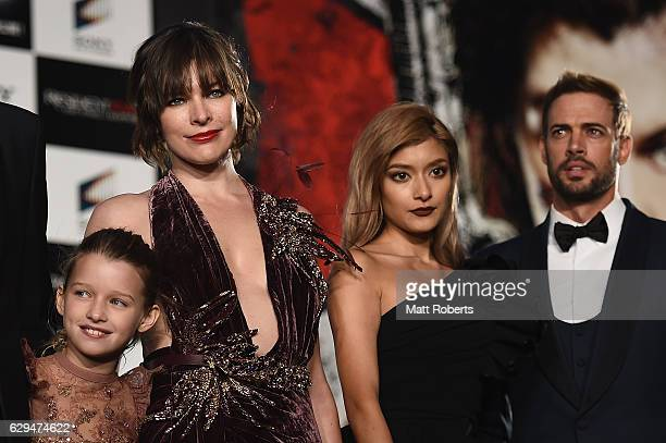 Lee Raviv Milla Jovovich Rolaand William Levy attend the world premiere of 'Resident Evil The Final Chapter' at the Roppongi Hills on December 13...