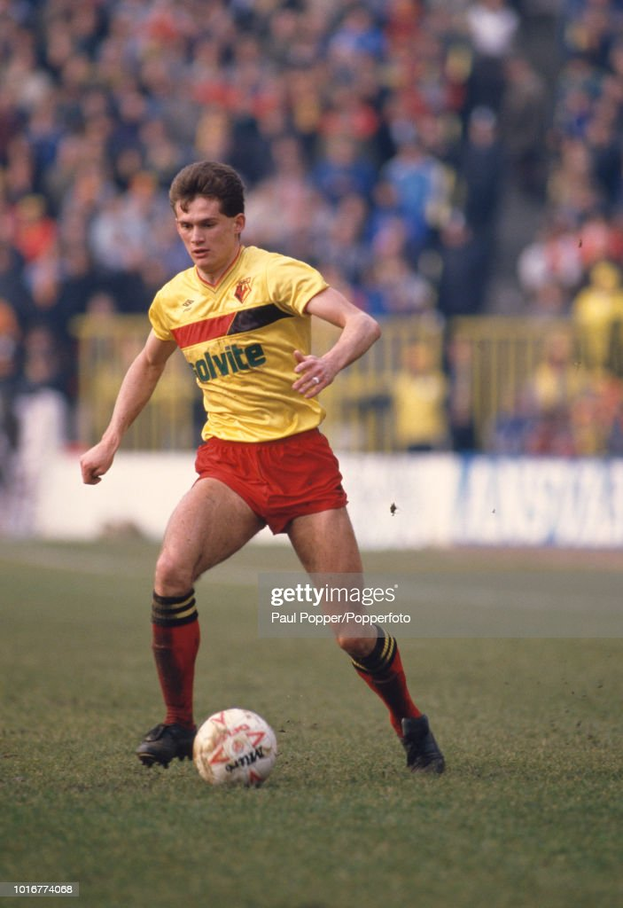 Watford v Everton - Today League Division One : News Photo