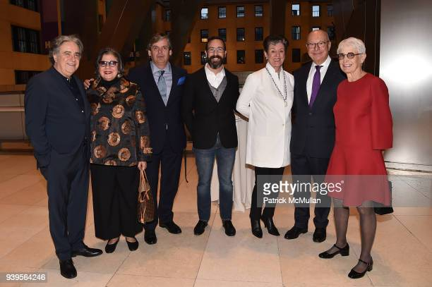 Lee Skolnick Suzy Slesin Matko Tomicic Fredrico Farina Dianne Benson Axel Vervoordt and Barbara Toll attend the LongHouse Reserve New York Benefit...