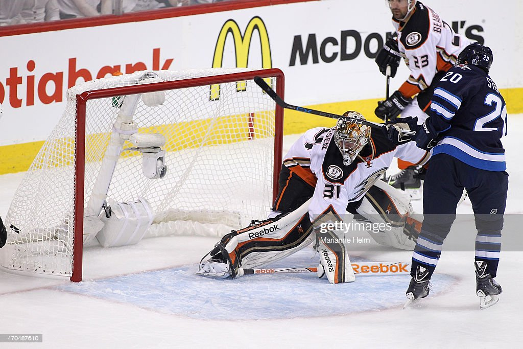 Lee Stempniak #20 of the Winnipeg Jets scores a goal against Frederik Andersen #31 of the Anaheim Ducks in first-period action in Game Three of the Western Conference Quarterfinals during the 2015 NHL Stanley Cup Playoffs at the MTS Centre on April 20, 2015 in Winnipeg, Manitoba, Canada.