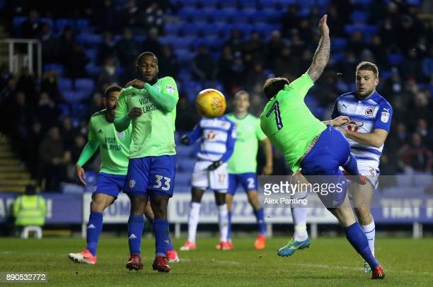 Lee Tomlin of Cardiff scores his sides second goal during the Sky Bet Championship match between Reading and Cardiff City at Madejski Stadium on...