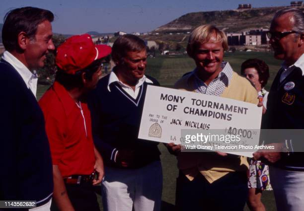 Lee Trevino, Jack Nicklaus in award ceremony with check, Nicklaus winning the PGA 1973 Tournament of Champions at La Costa Resort and Spa.