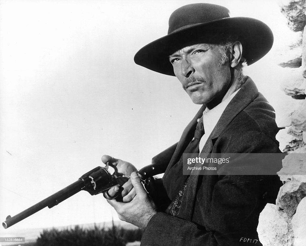 Lee Van Cleef Stock Photos and Pictures | Getty Images