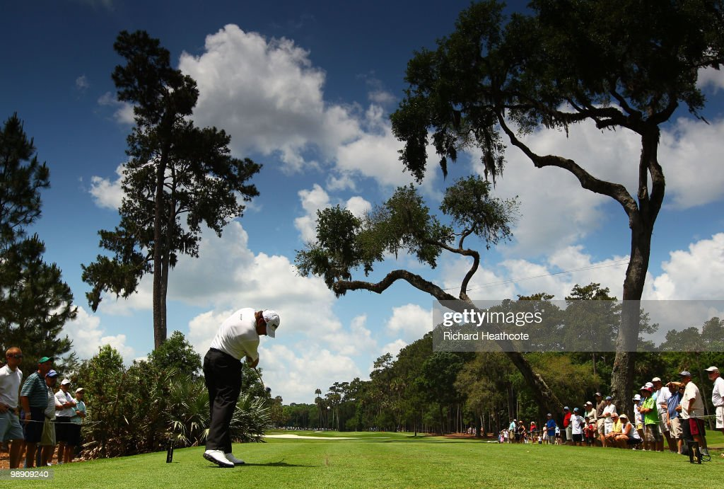 Lee Westwood of England hits his tee shot on the sixth hole during the second round of THE PLAYERS Championship held at THE PLAYERS Stadium course at TPC Sawgrass on May 7, 2010 in Ponte Vedra Beach, Florida.
