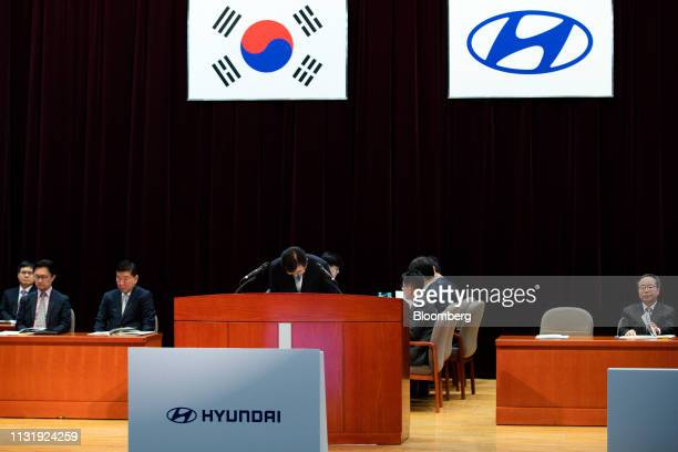 Lee Wonhee president and chief executive officer of Hyundai Motor Co center bows during the annual shareholders meeting at the company's headquarters...