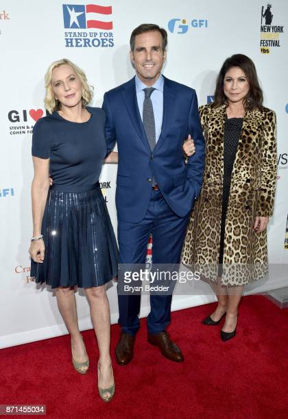Lee Woodruff Bob Woodruff and Caroline Hirsch attend the 11th Annual Stand Up for Heroes Event presented by The New York Comedy Festival and The Bob...