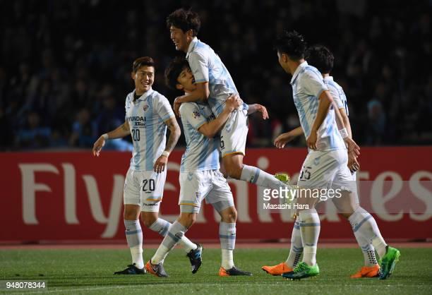 Lee Yeongjae of Ulsan Hyundai celebrates the second goal during the AFC Champions League Group F match between Kawasaki Frontale and Ulsan Hyundai at...