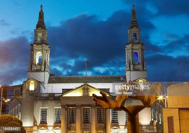 leeds civic hall at dusk - leeds civic hall stock photos and pictures