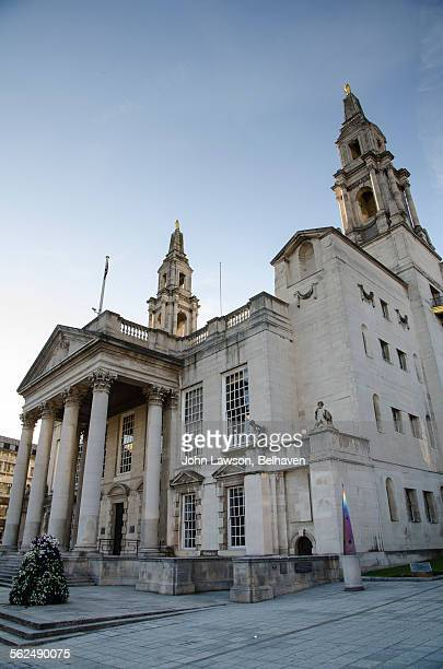 leeds civic hall, leeds, west yorkshire - leeds civic hall stock photos and pictures