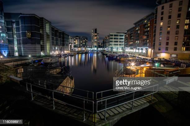 leeds dock complex - leeds city centre fotografías e imágenes de stock