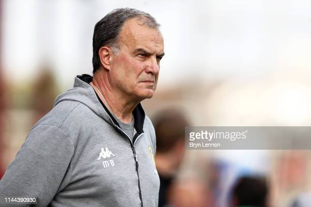 Leeds Manager Marcelo Bielsa looks on prior to the Sky Bet Championship match between Brentford and Leeds United at Griffin Park on April 22 2019 in...