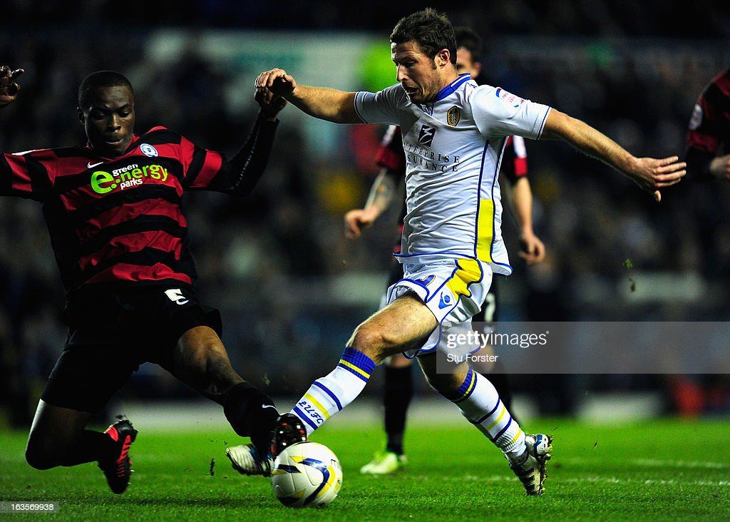 Leeds United v Peterborough United - npower Championship